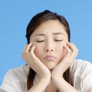 口を開けると音がする「顎関節症」に効果のあるエ …